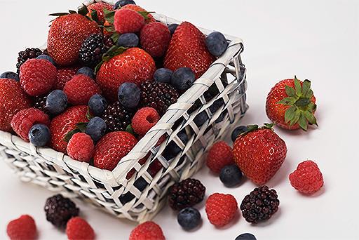 healthy-foods-berries-512x342