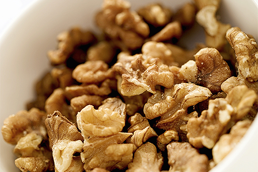 healthy-foods-walnuts-512x342